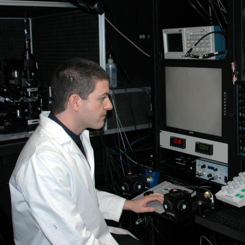 Gregory Schwartz in the lab